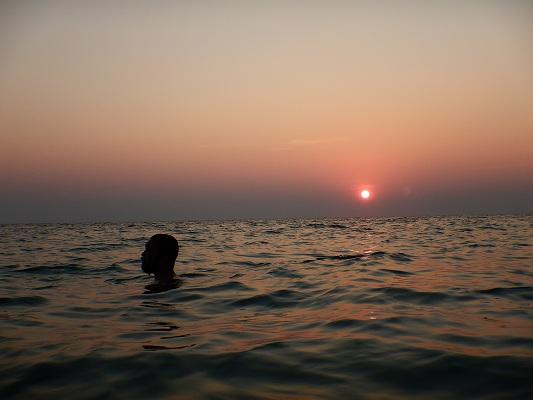19年タイ カロン ビーチ 夕日 海ぼうず