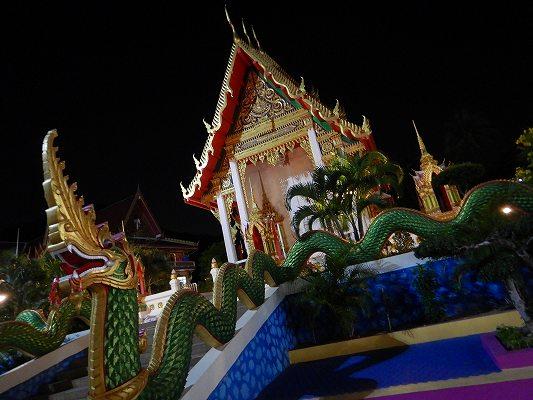 19年タイ カロン ナイトマーケット テンプル ワット