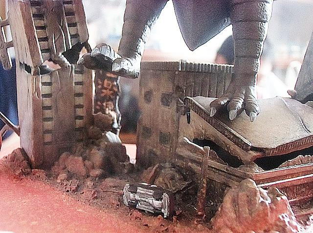 ラドンに破壊される街