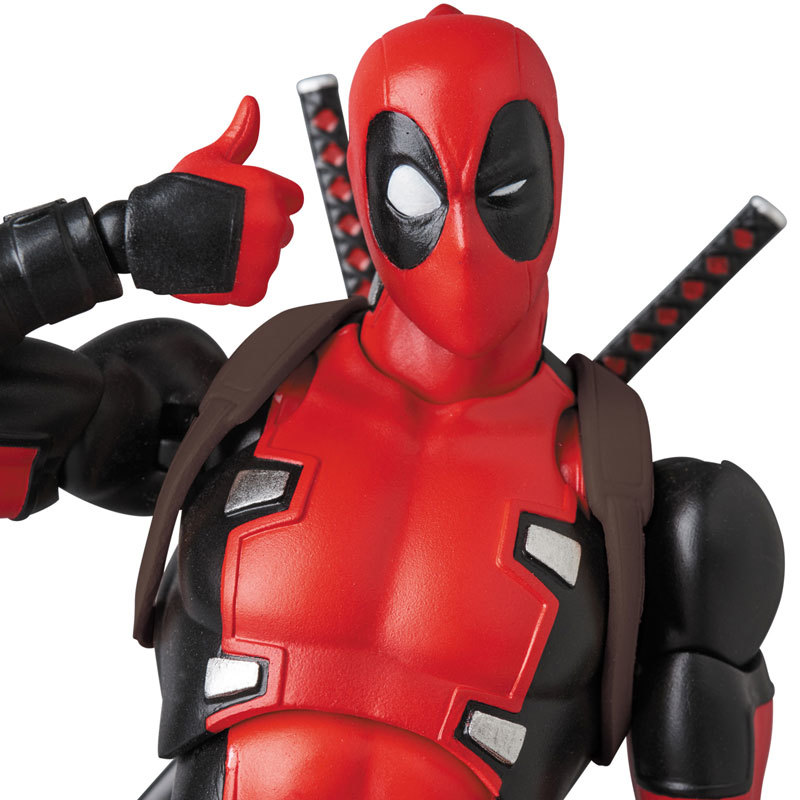 マフェックス MAFEX DEADPOOL(GURIHIRU ARTFIGURE-041794_02