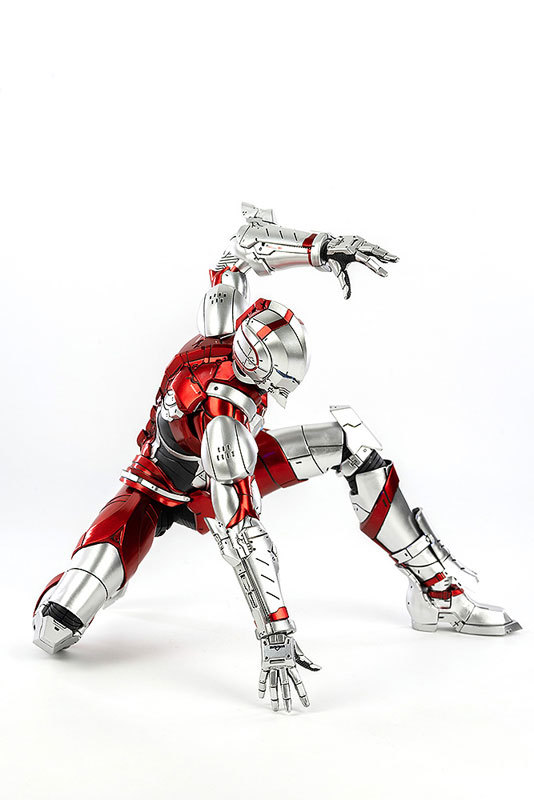 ULTRAMAN SUIT (Anime Version) 可動フィギュアFIGURE-047421_04