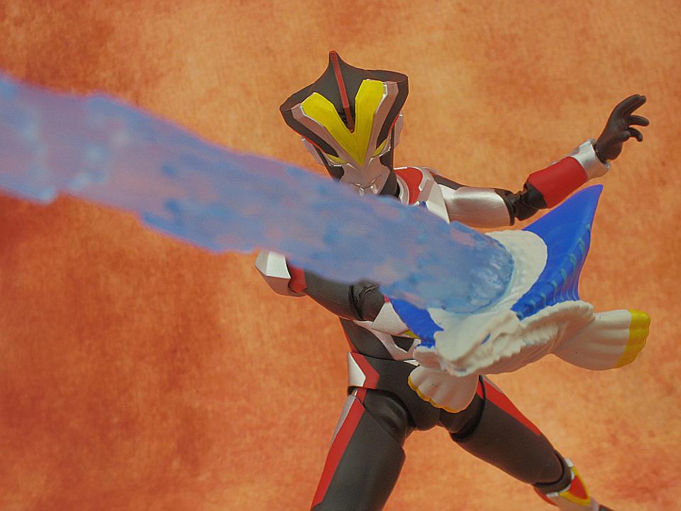 フィギュアーツ ウルトラマンビクトリー48