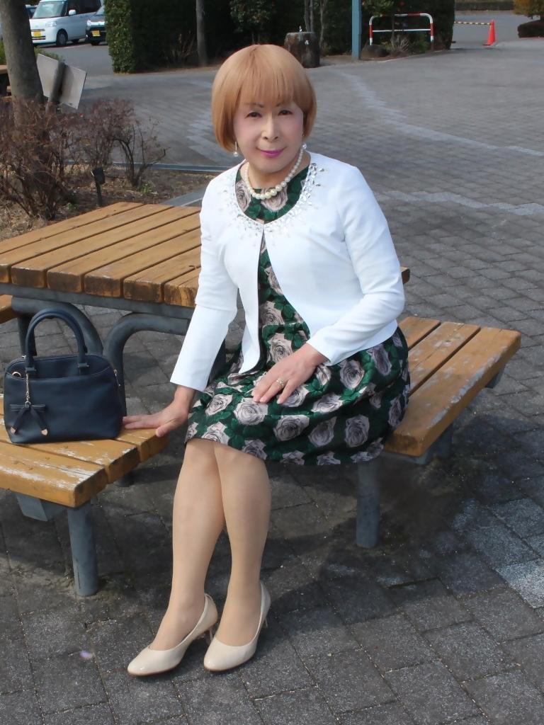 緑ジャガードワンピ白ジャケットC(4)