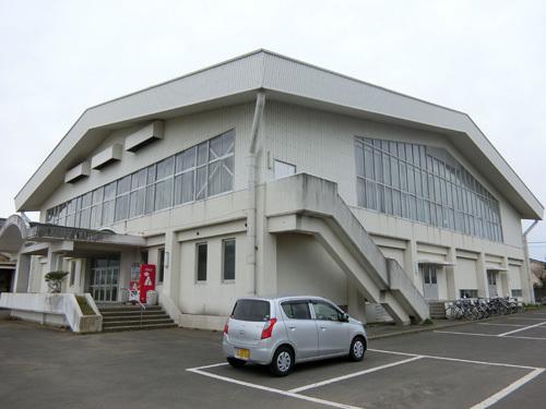 島原のとある体育館で。