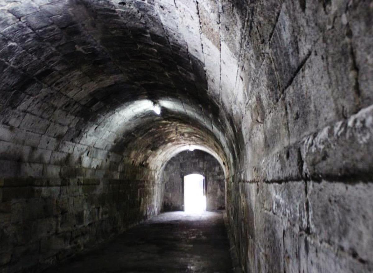 トンネルトップイメージ