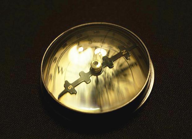 方位磁石イメージ1
