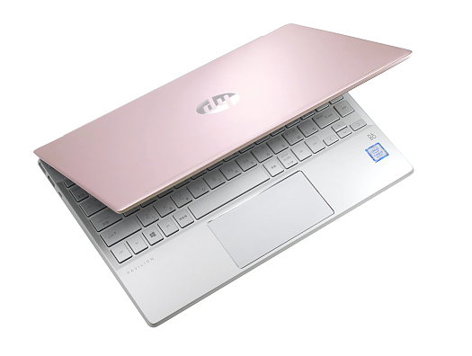 HP Pavilion 13-an0000_ディスプレイ開き_0G1A6231c