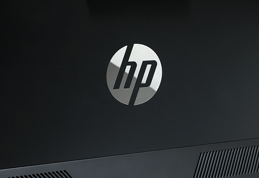 HP Pavilion All-in-One 24-xa0000jp_HPロゴ_0G1A9108-2b