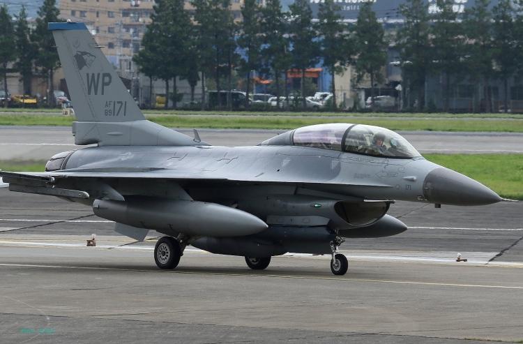 E-83.jpg