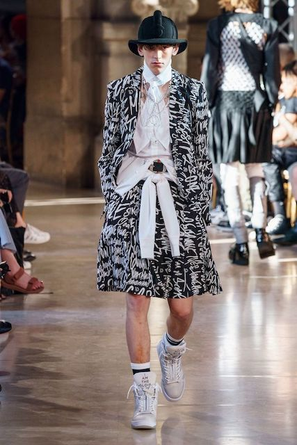 TAKAHIROMIYASHITATheSoloist__2020SS_Men_s_Collection_runway_gallery-10.jpg
