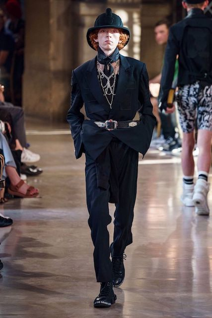 TAKAHIROMIYASHITATheSoloist__2020SS_Men_s_Collection_runway_gallery-16.jpg