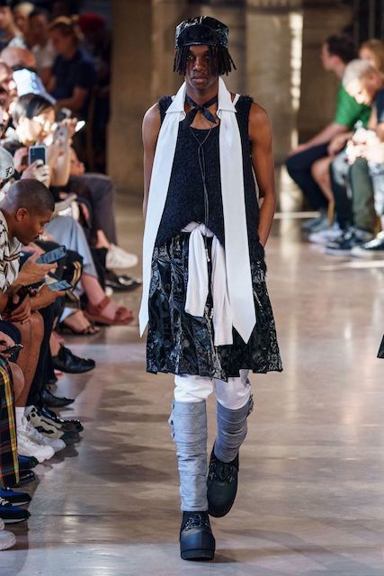 TAKAHIROMIYASHITATheSoloist__2020SS_Men_s_Collection_runway_gallery-23.jpg