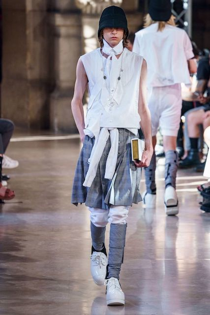 TAKAHIROMIYASHITATheSoloist__2020SS_Men_s_Collection_runway_gallery-3.jpg