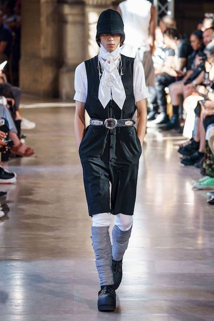 TAKAHIROMIYASHITATheSoloist__2020SS_Men_s_Collection_runway_gallery-8.jpg