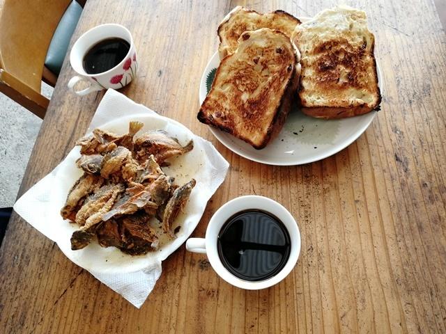 三浦食堂パンとガシラweb