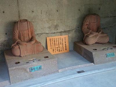 2019頭大仏の周りの仏像さま