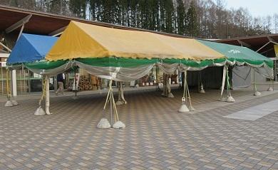テント立て 2