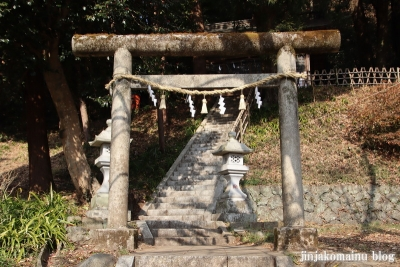 神明神社(八王子市裏高尾町)2