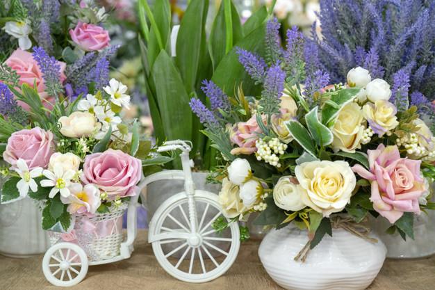 flowers-white-bike_73152-2035.jpg