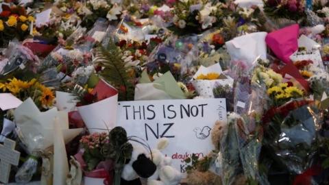海外「日本は島国だから」 なぜ日本では銃乱射事件が絶対に起きないのだろうか?