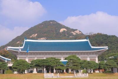文在寅、北朝鮮へ800万ドルの人道支援決定、開業団地再開に向けて訪朝への動きに批判殺到