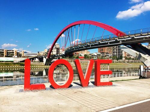 [韓国の反応]台湾で同性婚の法制化の初日に予想以上の526組登録のニュースに「韓国のゲイは台湾にいけ」の声