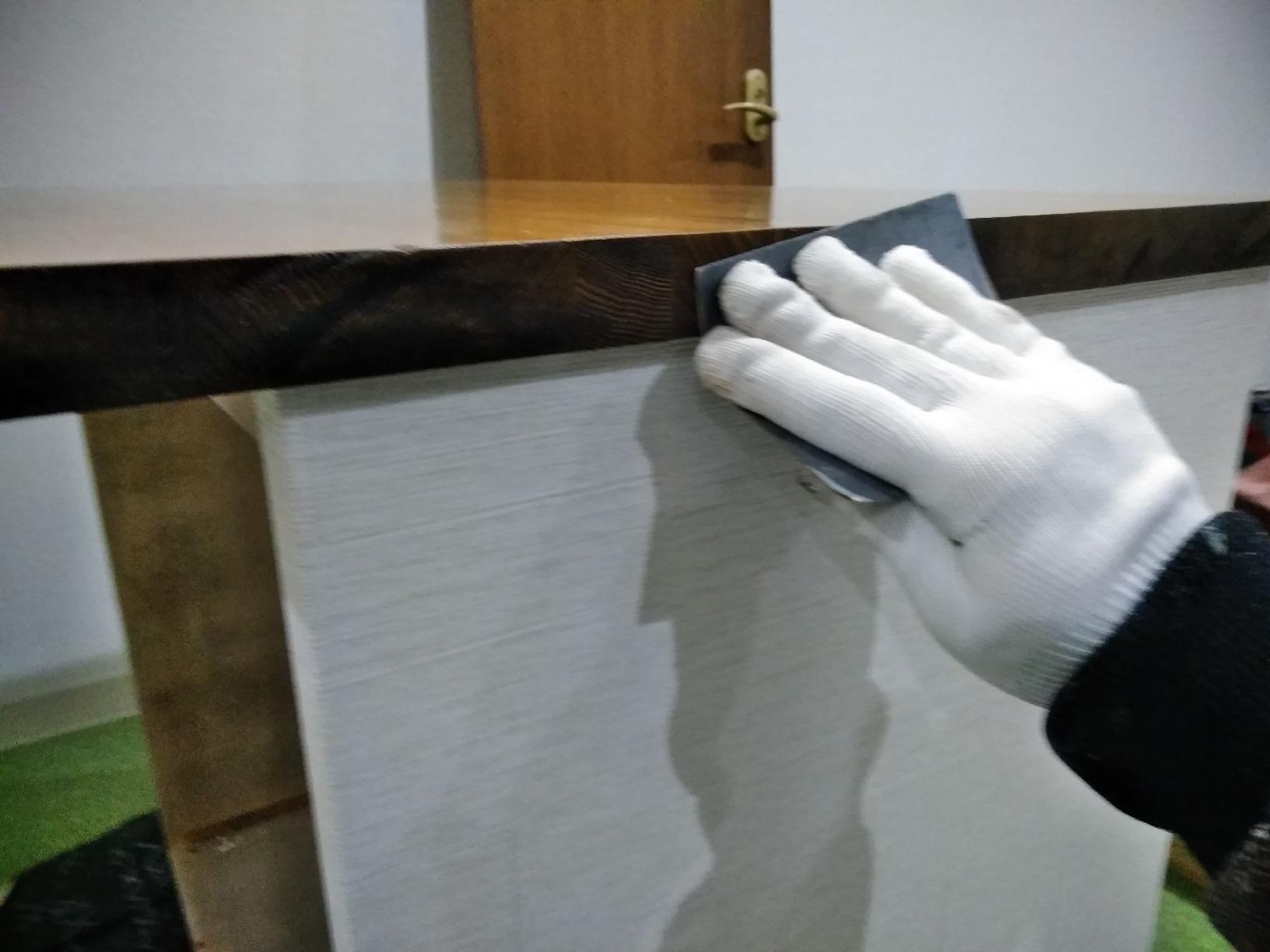 昭和店舗 カウンター天板塗装7