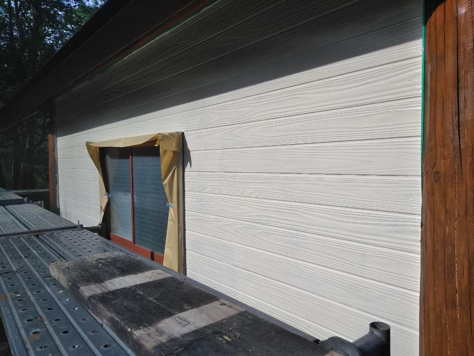 弟子屈Y様邸 物置小屋 外壁上塗2