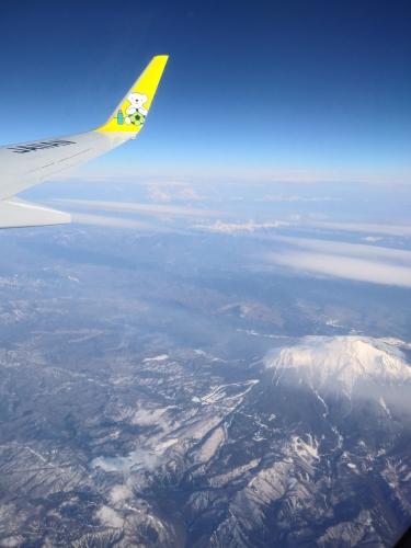 ANA4835 (AIRDOコードシェア便) より御嶽山と中央アルプス駒ヶ岳