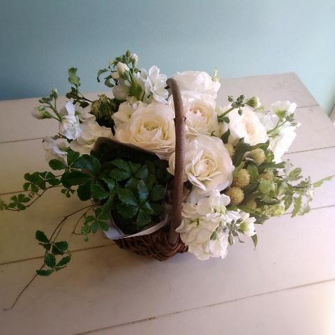 サロン開店祝いの花