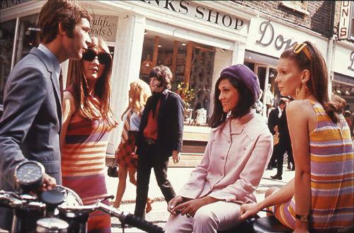 Londons_Carnaby_Street_1966fasi.jpg