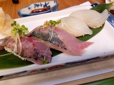 お寿司は良いよにゃ♪