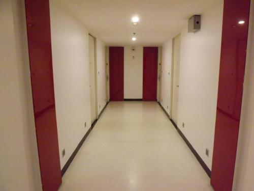 アイレジデンスホテル 廊下