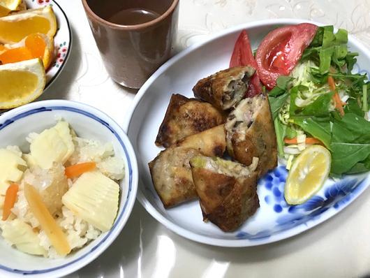 筍ご飯と春巻き