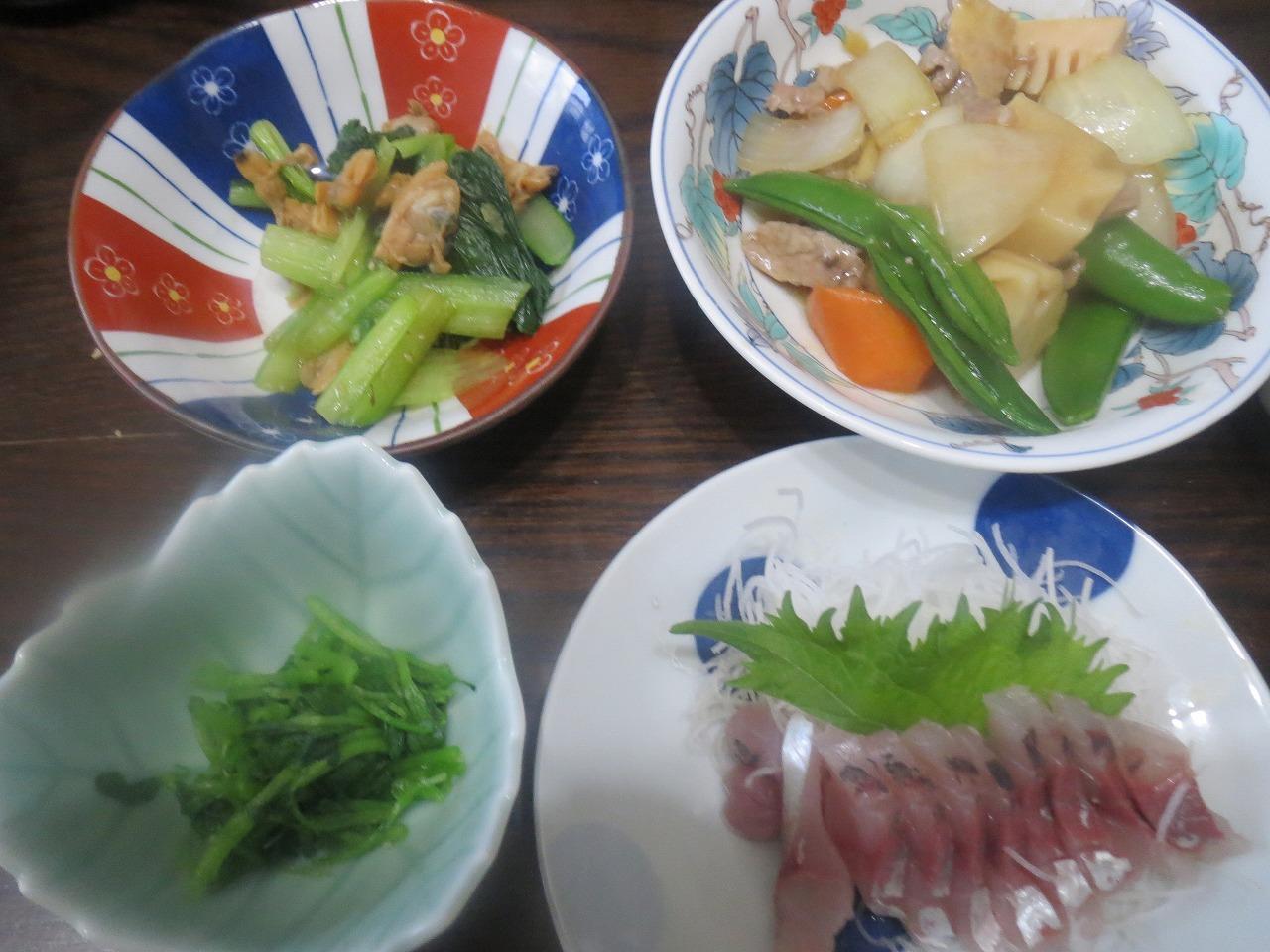 刺身、炒めもの、おひたし、アサリ小松菜