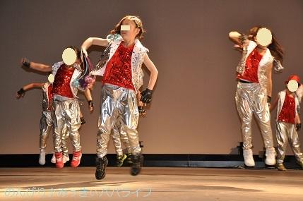 dancehappyokai201901.jpg