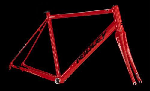 prod185861_Red - Black_NE_02