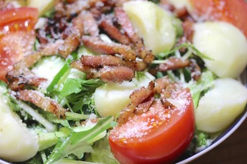 燻製ベーコンのサラダ