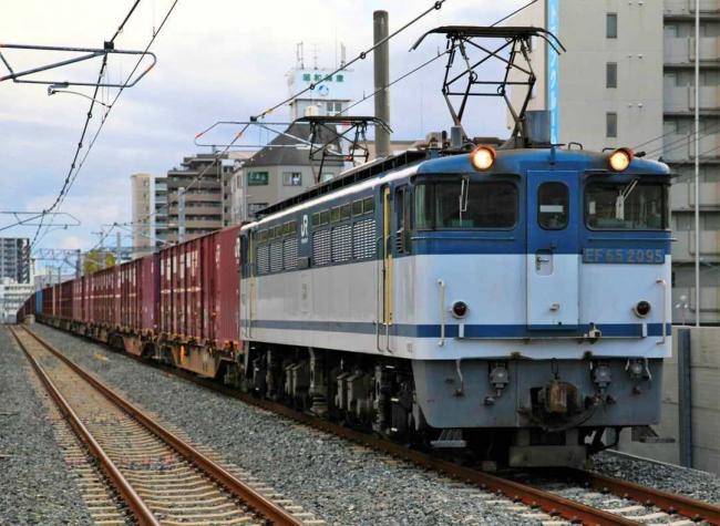 JRおおさか東線の貨物列車