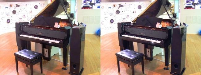 浜松駅コンコース ヤマハ自動演奏機能付きグランドピアノ ディスクラビアC3X-ENPRO(平行法)