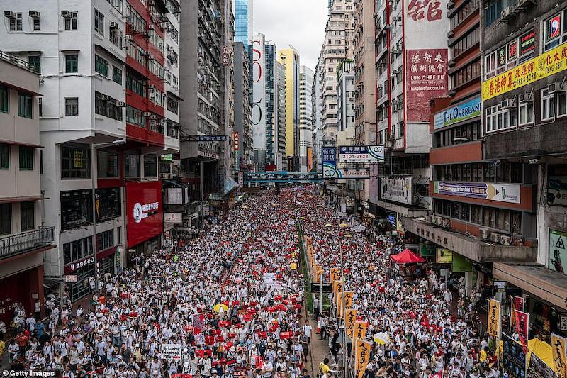 香港 逃亡犯条例 デモ 中国