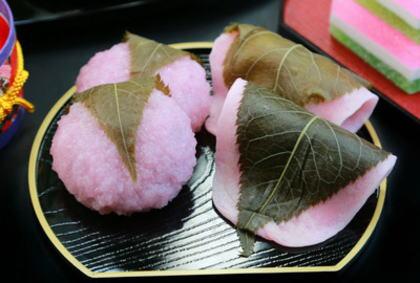 桜餅をくるんでいる葉っぱ「食べる?食べない?」論争、全国和菓子協会は意外な回答に