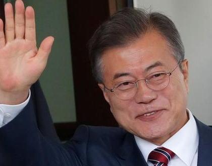 韓国の文在寅大統領、新天皇の即位を祝い祝電を送る … 「戦争の痛みを記憶しながら日韓関係への大きな関心と愛情を注ぐよう要請する」