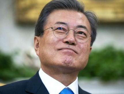 文在寅「大阪のG20で安倍首相と会談できれば良い」「過去の歴史問題が両国関係を妨げているが、決して韓国政府が作り出している問題ではない。日本の政治家が過去の歴史を国内政治問題として扱い、未来志向の足を引っ張っている」