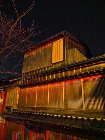 夜の主計町茶屋街