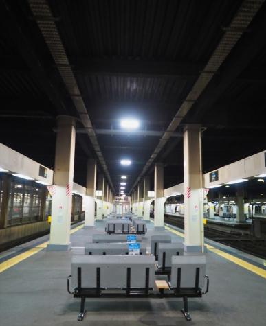 朝の金沢駅