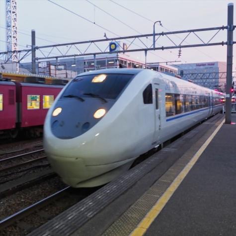 JR西日本 681系 特急サンダーバード6号【金沢駅】