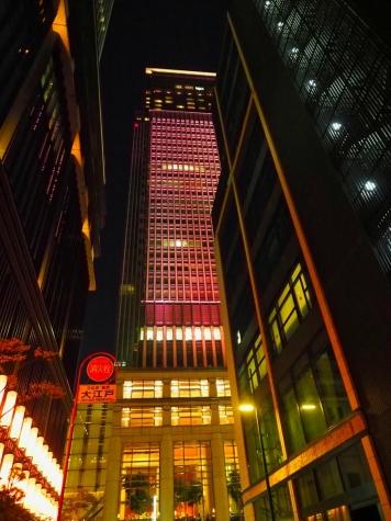 桜ライトアップ【日本橋三井タワー】
