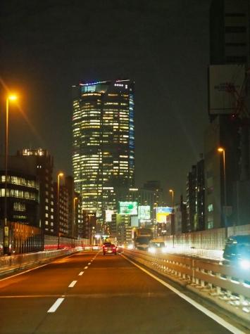 夜の首都高速