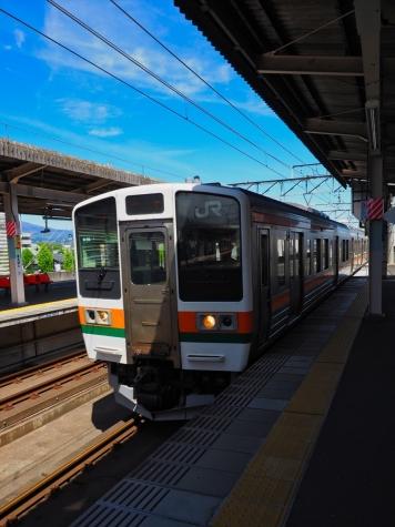 JR 両毛線 211系3000番台 電車【前橋駅】